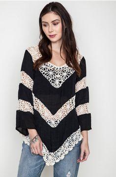 056c311cbd1d9 Black Floral Knit Tunic Top - Umgee Tunic Tops