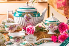 Belvedere Herend Tea Set is an Empire-style recall of the first half of century. Empire Style, Flower Garlands, Coffee Set, Chocolate Pots, High Tea, Tea Party, Pottery, Hand Painted, Tableware