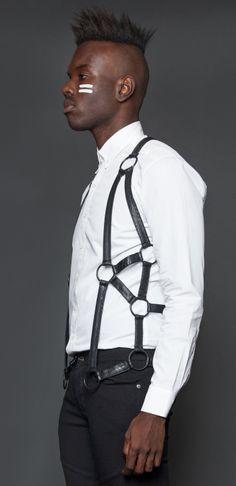 Serpentine men's vest designed by Michelle Überreste. http://www.michelleuberreste.com