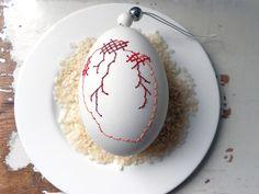 Ostereier - Besticktes Ei HEART - ein Designerstück von acht15 bei DaWanda