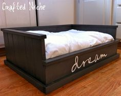 DIY dog bed... I think I will go with this one <3 it!
