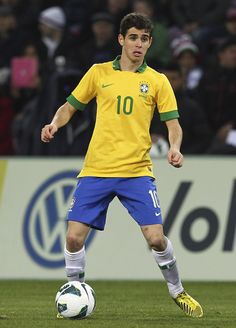 ~ Oscar on the Brazil National Team against the England National Team ~ Football Fever, Football Icon, Football Is Life, Football Boys, World Football, Brazil Players, Brazil Team, Famous Sports, Most Popular Sports