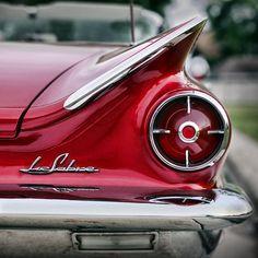 Classic Vintage Retro Buick LeSabre Car Buick Cars, Buick Gmc, Automobile, Buick Lesabre, Sweet Cars, Us Cars, Unique Cars, Vintage Cars, Retro Cars