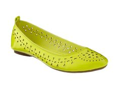 High voltage flats. #fashion http://www.ivillage.com/cheap-flats-boat-shoes-ballet-shoes-comfortable/5-b-523857#523860