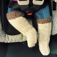 Ravelry: Pullover Socks pattern by Naomi Furtado