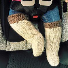 Ravelry: Pullover Socks pattern by Naomi Furtado