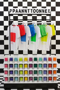 revista-magazine-retail-desing-escaparatismo-vishopmag-pantone-colourwear-004