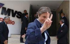 El conflicto laboral entre Carmen Aristegui y MVS se empantanó tras casi dos horas de reunión. La empresa recibió a la periodista con la negativa de retomar el programa matutino y con una demanda mercantil por supuestamente aprovechar los contenidos del noticiero en el portal Aristegui Noticias. El abogado Xavier Cortina y la conductora […]