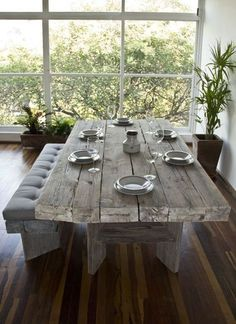 Mesa de madera / Wooden dining table by Kiché Diseño de Interiores Wooden Table Diy, Wooden Dining Tables, Modern Dining Table, Rustic Table, Farmhouse Table, Dining Room Table, Outdoor Wood Table, Wooden Dining Table Designs, White Wood Table
