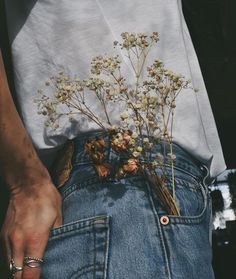 a pocket full of flowers , ios 9 flower wallpaper , iphone blue flower wallpaper. a pocket full of flowers , ios 9 flower wallpaper , iphone blue flower wallpaper. Aesthetic Images, Aesthetic Vintage, Aesthetic Photo, Aesthetic Art, Aesthetic Wallpapers, Photography Aesthetic, Aesthetic Grunge, Aesthetic Anime, Aesthetic Clothes