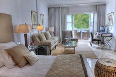PUENTE ROMANO HOTEL (5*GL)  MARBELLA