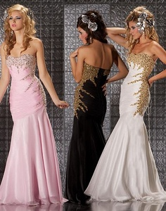 MacDuggal Prom Dress for your Dreamy Fantasies 6171M