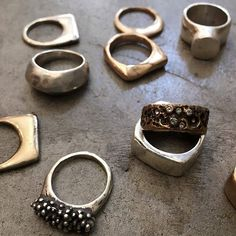 Rings!!! Rough and refined. Julie Cohn Design #bronzejewelry