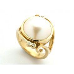 9ct Mabe Pearl & Diamond Ring