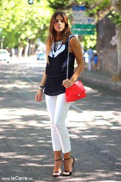 Natalia con Look blanco y Negro www.leCarre.es