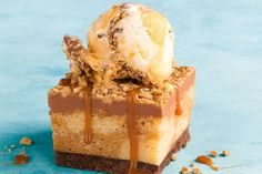 Gaytime Slice - Thought your favourite Aussie toffee ice-cream couldn't get any better? Aussie Food, Australian Food, Australian Desserts, Australian Recipes, Baking Recipes, Dessert Recipes, Xmas Desserts, Fancy Desserts, Dessert Bars