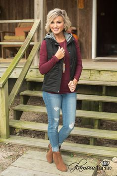 The Garrett Vest is a wardrobe must-have! This padded vest has a bonus two-for-one attached hoodie for keeping you casual but in true style. Snap and zipper closure, side pockets and and soft, curved Winter Mode Outfits, Winter Fashion Outfits, Casual Fall Outfits, Autumn Winter Fashion, Vest Outfits For Women, Mom Outfits, Cute Outfits, Clothes For Women, 60 Fashion