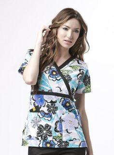 Free Scrub Shirt Pattern | scrub top pattern free | Which Nursing Uniform Neckline Is Right For ...