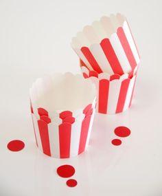 Caissettes cupcakes en papier à rayures Rouge