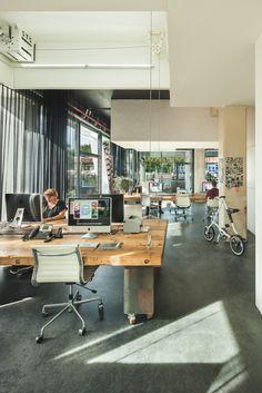 les bureaux qui disparaissent à 18h !!!  http://www.blog-emploi.com/bureau-disparait-18h-heldergroen/