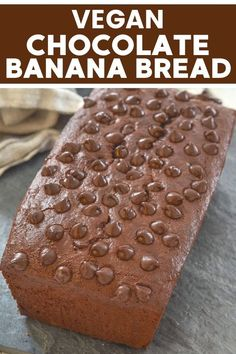 This vegan double chocolate banana bread is made healthier with wholegrain flour and no oil or vegan butter, and yet it tastes absolutely amazing. So rich and fudgy! Make this delicious recipe for dessert, or as a sweet breakfast idea! Vegan Banana Bread, Chocolate Banana Bread, Vegan Bread, Vegan Cake, Vegan Chocolate, Chocolate Recipes, Vegan Dessert Recipes, Vegan Sweets, Vegan Snacks
