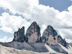 Tre Cime di Lavaredo  #muntanya #mountain #montagna #paisatge #landscape #cel #sky #vsco #vscocam #vacancesdelmon #unsquares #jj_nosquares #everybestshot #tv_fullframe #ilovepiques #clikcat #altoadige #dolomiti #alpi #alps #italia #suedtirol #ig_altoadige #altoadigedascoprire #earth_shotz #trecimedilavaredo #viatgers_dc #lobomountain #lobocamping #exploring_alps