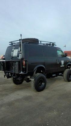 ASTRO 12 Inch Up Custom Camper Vans, Custom Vans, Gmc Trucks, Cool Trucks, Lifted Van, Chevy Astro Van, Gmc Vans, Gmc Safari, Off Road Camping