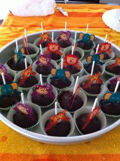 Safari/Jungle animal cake balls.  Cake ball pops by: Bella Baby Cakes