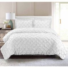 South Bay Pintuck Quilt Set, White