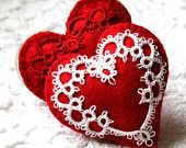tatted felt heart Beautiful idea for a gift to a seamstress!