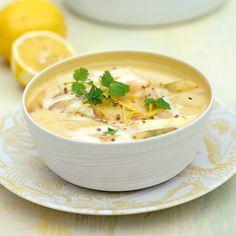 Hier gart der Spargel gleich in seiner Sauce – das spart Zeit und Töpfe. Das Ragout schmeckt auch mit Kohlrabi, Möhren oder Fenchel.