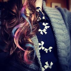 !*●♥♡Pinkii Life♡♥●*!: Summer Hairstyles: Hair Chalking and colouring