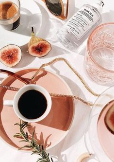Pink art photography designer home decor pretty chic classy fashion beauty vintage modern minimalist Classy Aesthetic, Summer Aesthetic, Aesthetic Food, Pink Aesthetic, Vintage Modern, Flat Lay Photography, Food Photography, Product Photography, Fashion Photography