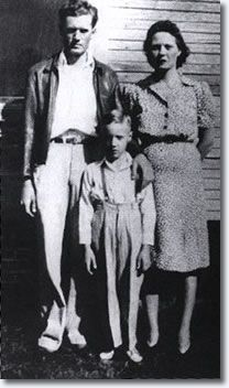 ..1943, From the age of eight, Elvis would spend many Saturday afternoons at the Tupelo Courthouse from where WELO broadcast it's Saturday Jamboree, an amateur program which started at 1pm and went till 4.30pm. It had live audiences composed of up to a hundred and fifty people. Anyone could sing or play on the program and Elvis did many times. 'Old Shep' being just one of the many songs he sung. - See more at…