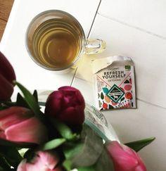 Knock knock who's there? WEEKEND! #refreshyourself #detoxtea #organic #tea #organictea #herbaltea #teaspiration