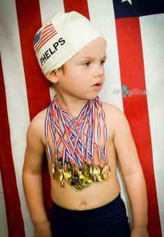 If your kid loved the Olympics this year, dress him up as one of his favorite athletes this Halloween! Don't forget the gold medals 🏅