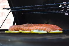 grillin' fish on bed of lemons