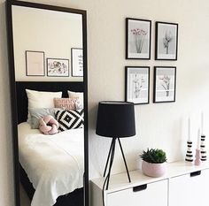 Room black and white❤❤ My New Room, My Room, Home Bedroom, Bedroom Decor, Bedrooms, Diy Home Decor Rustic, Dream Rooms, House Rooms, Room Inspiration