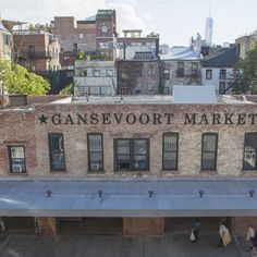 Gansevoort Market is a collection of great vendors, like Ed's Lobster Bar, Tacombi, and The Pig Guy. There's also communal seating at this venue, which is located in the Meatpacking District.