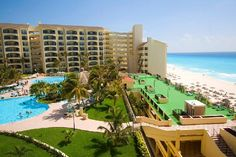The Royal Islander, Cancun, 3000 2 bedroom suite with full kitchen