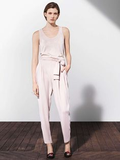 Pleated pants// #pants #pleated #pink #nude #neutral #minimalist #minimalism #hm @hm
