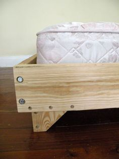 2 x 8 bed: 5 steps (with pictures) - Diy Pallets Making A Bed Frame, Diy Bed Frame, Bed Frames, Diy Bett, Pallet Beds, Diy Holz, Bed Plans, How To Make Bed, Home Bedroom