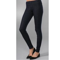"Joe's Jeans zip ankle denim leggings Joe's Jeans zip ankle denim leggings in dark rinse  •8.5"" rise and 31"" inseam with 7"" ankle zippers •Tag size is a small which fits a 26/27  •Worn only a few times and are in excellent condition with no signs of wear •Fantastic price for designer denim Joe's Jeans Jeans Skinny"