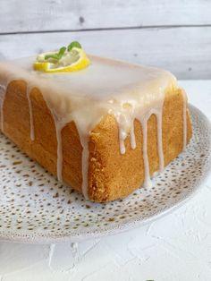 Vanilla Cake, Bread, Desserts, Food, Basket, Lemon, Tailgate Desserts, Deserts, Brot