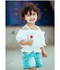 Cute Little Baby Girl, Cute Kids Pics, Little Girl Models, Cute Baby Girl Pictures, Beautiful Little Girls, Cute Girl Pic, Cute Girls, Girl Pics, Beautiful Children