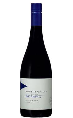 Australian Shiraz, New Zealand Wine, Red Wines, Wine Packaging, Wine Bottle Labels, Label Design, Shades Of Blue, Rio, Bottles