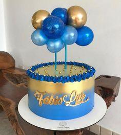 Tendência Cake Topper Balloon | Entre na Festa® | Blog de festa Birthday Cake Roses, Beautiful Birthday Cakes, Frozen Birthday Cake, Birthday Cakes For Men, Cake Decorating Frosting, Creative Cake Decorating, Cake Decorating Techniques, Cake Land, Candy Drinks