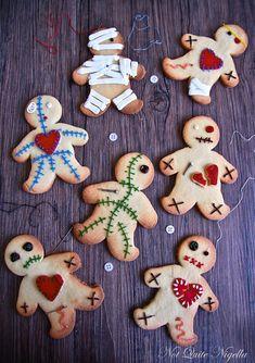 10 Haunting Hallowe'en Recipes - Zombie cookies great idea