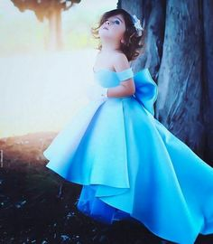 Off Shoulder High Low Satin Flower Girls Dress Kids Pageant Gowns With A Bow Girls Blue Dress, Ivory Flower Girl Dresses, Girls Dresses, Flower Girls, Said Mhamad Photography, Cute Baby Girl Pictures, Kids Fashion Photography, Children Photography, Wedding Photography