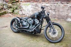 2013 'Contrast' Harley-Davidson Softail Blackline Vintage by Nine Hills Motorcycles.    http://ninehillsmotorcycles.pl/en/ and/or http://facebook.com/media/set/?set=a.1592957837594495.1073741863.1421930961363851&type=3
